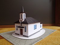 Papercraft imprimible y armable de la Capilla de la Sagrada Familia en Recica. Manualidades a Raudales.